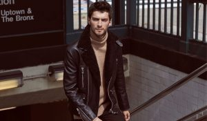 STYLE A LEATHER JACKET WITH FORMAL DRESSING